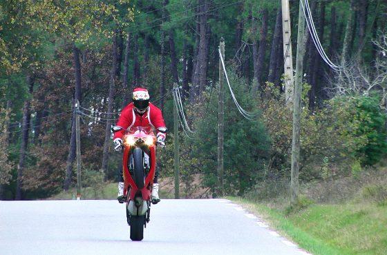 La meilleure moto pour le Père Noël