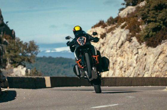 La KTM Super Adventure 1290 m'a réconcilié avec les trails