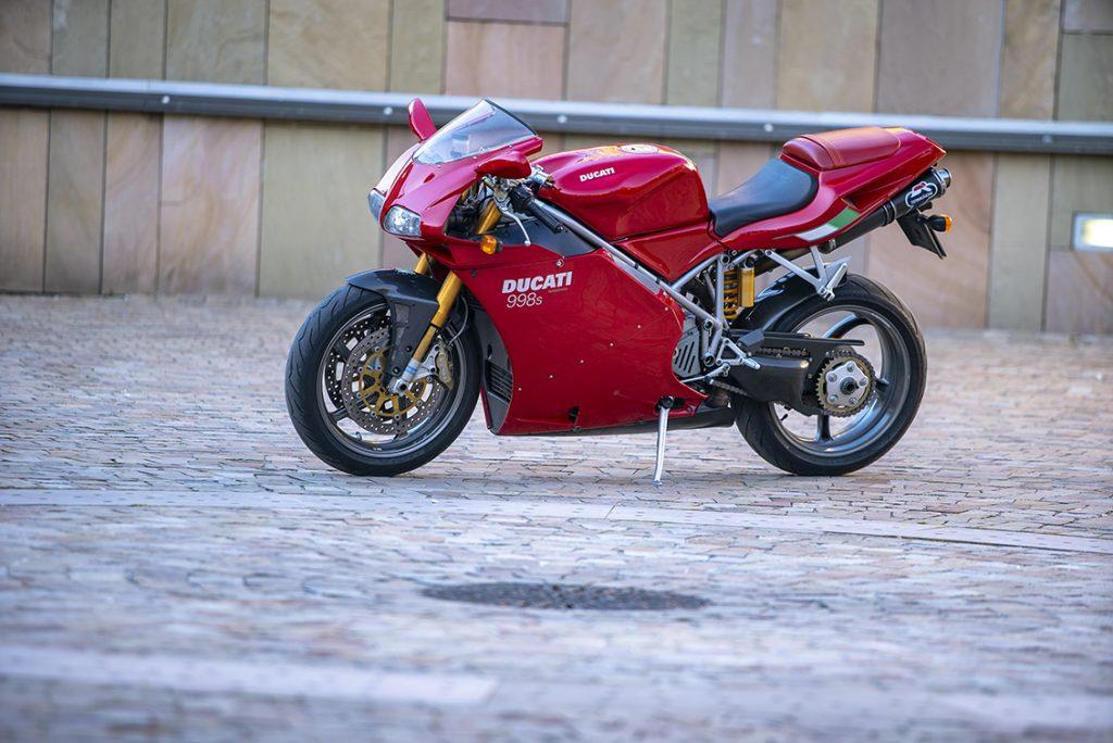 Ducati 998 S profil gauche