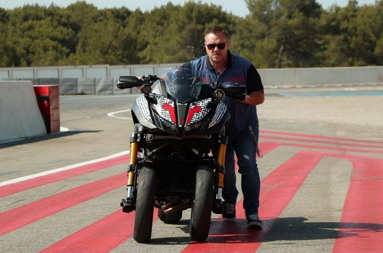 Making-of : l'essai de la Yamaha Niken Turbo