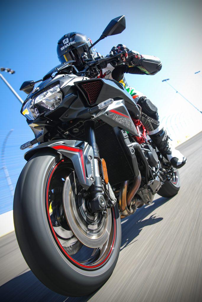 Kawasaki Z H2 freinage